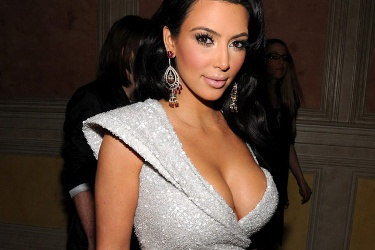 Photo of Kim Kardashian exhibiting why she is a celebrity.