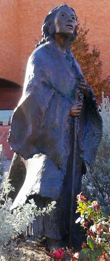 Photo of the sculpture of Sacagawea by artist Glenna Goodacre of Sante Fe, NM on display at the National Cowgirl Museaum in Fort Worth, TX.