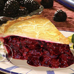 Photo of a wild berry pie slice from Tippin's Resturant, which is made without sugar.